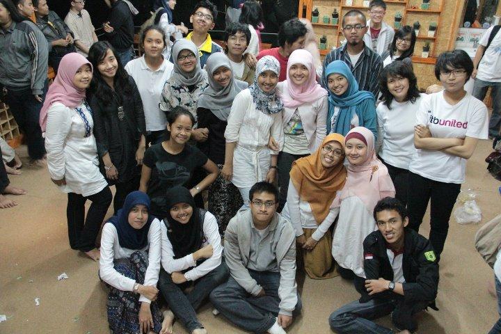 Foto saat Bukber Bareng Akbar BM ITB di Lembang